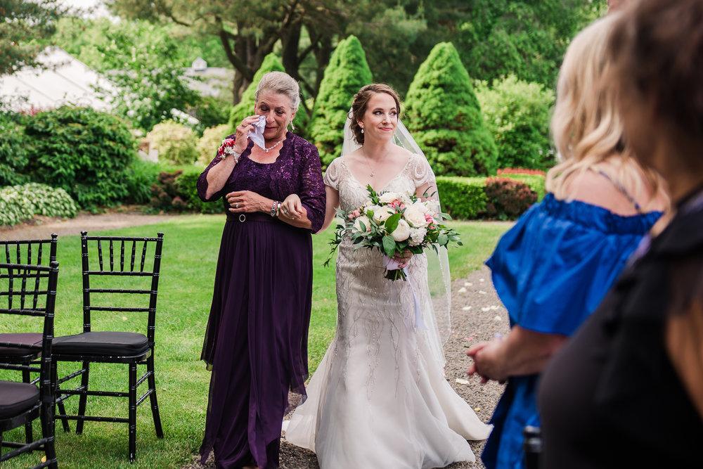 JILLSTUDIO_John_Joseph_Inn_Finger_Lakes_Wedding_Rochester_NY_Photographer_DSC_1413.jpg