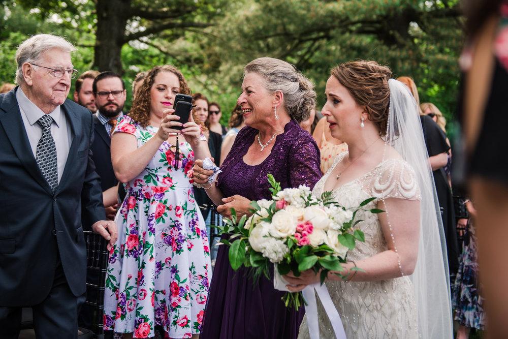 JILLSTUDIO_John_Joseph_Inn_Finger_Lakes_Wedding_Rochester_NY_Photographer_DSC_1415.jpg