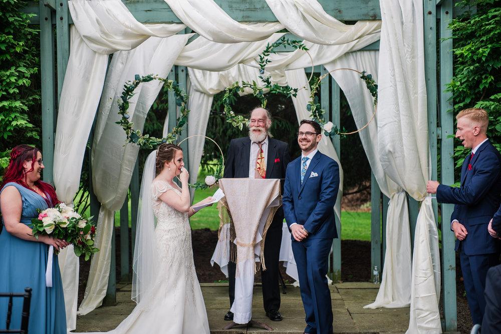 JILLSTUDIO_John_Joseph_Inn_Finger_Lakes_Wedding_Rochester_NY_Photographer_DSC_1459.jpg