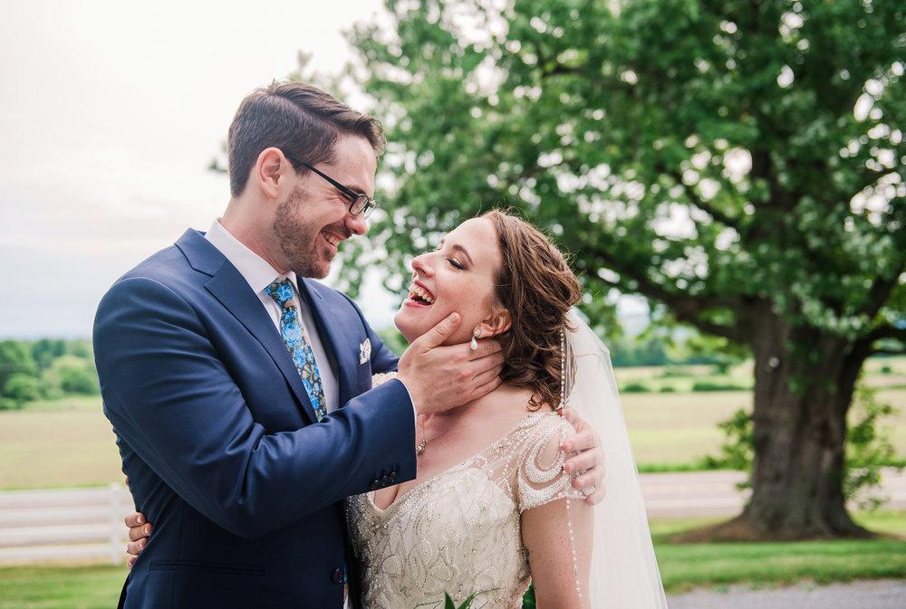 JILLSTUDIO_John_Joseph_Inn_Finger_Lakes_Wedding_Rochester_NY_Photographer_DSC_1561.jpg