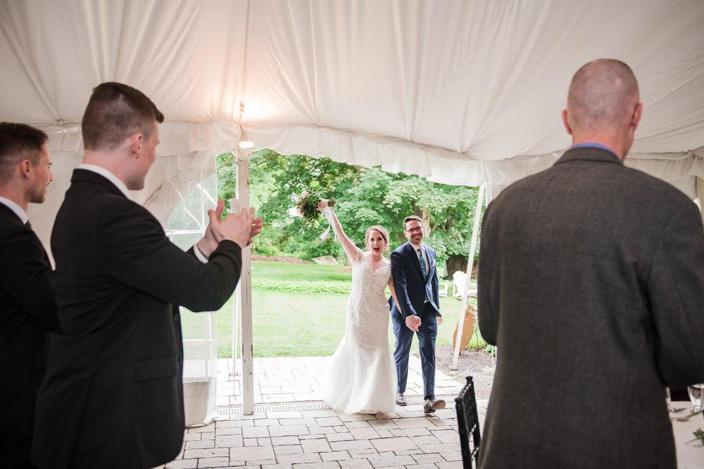 JILLSTUDIO_John_Joseph_Inn_Finger_Lakes_Wedding_Rochester_NY_Photographer_DSC_1683.jpg