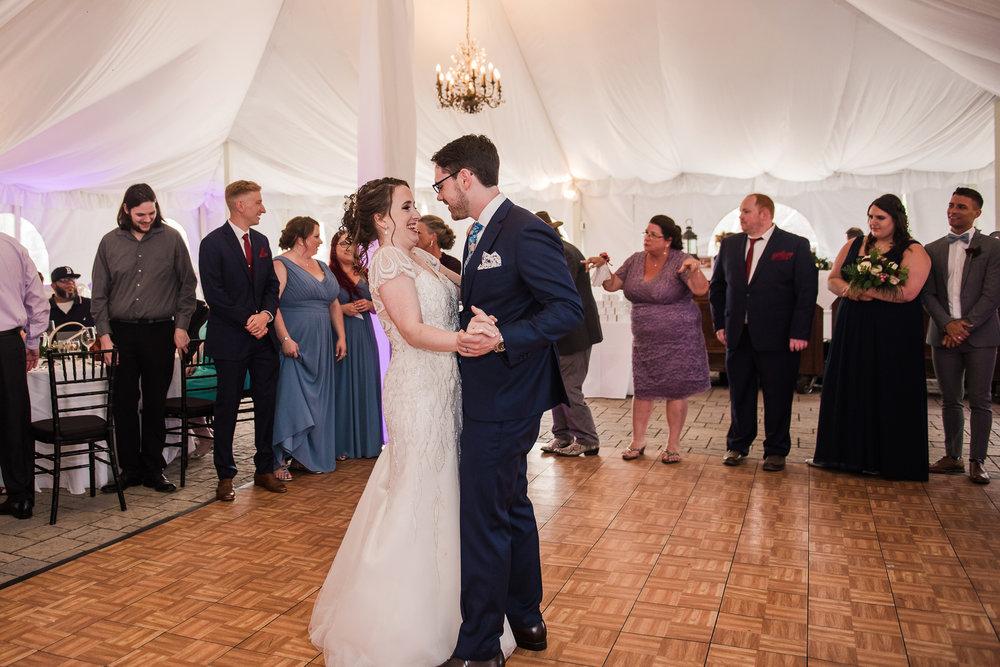 JILLSTUDIO_John_Joseph_Inn_Finger_Lakes_Wedding_Rochester_NY_Photographer_DSC_1691.jpg