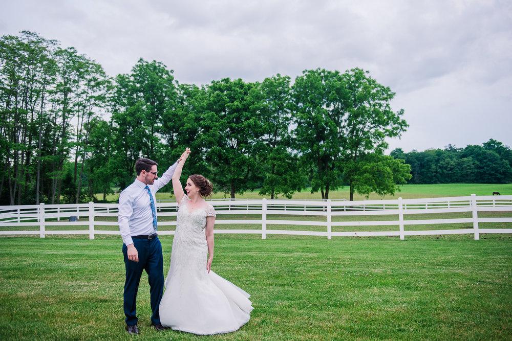 JILLSTUDIO_John_Joseph_Inn_Finger_Lakes_Wedding_Rochester_NY_Photographer_DSC_1800.jpg