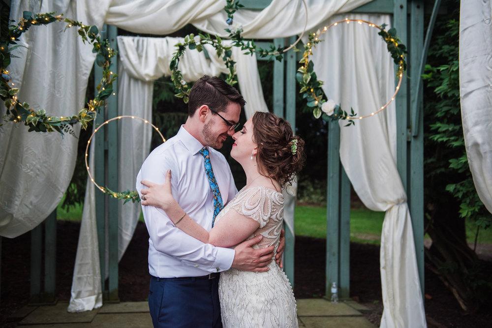 JILLSTUDIO_John_Joseph_Inn_Finger_Lakes_Wedding_Rochester_NY_Photographer_DSC_1831.jpg