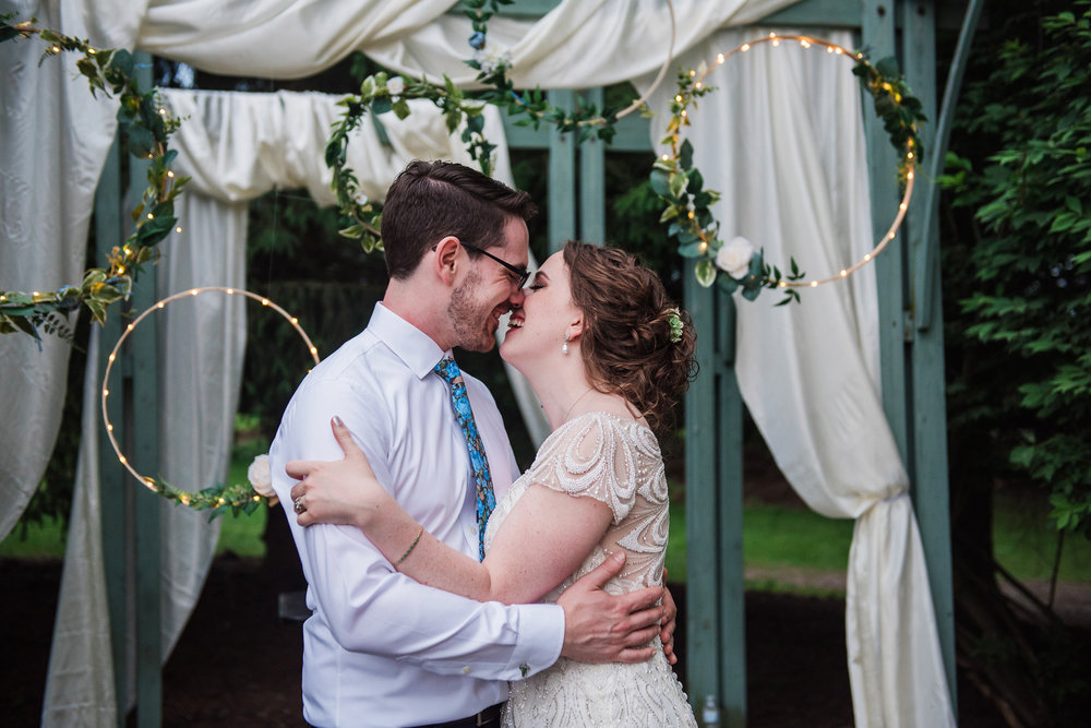 JILLSTUDIO_John_Joseph_Inn_Finger_Lakes_Wedding_Rochester_NY_Photographer_DSC_1836.jpg