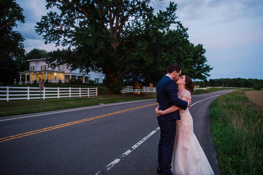 JILLSTUDIO_John_Joseph_Inn_Finger_Lakes_Wedding_Rochester_NY_Photographer_DSC_1883.jpg