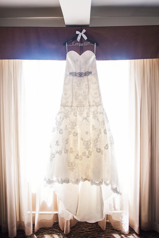 JILLSTUDIO_SKY_ArmorySyracuse_Wedding_Rochester_NY_Photographer_DSC_1994.jpg