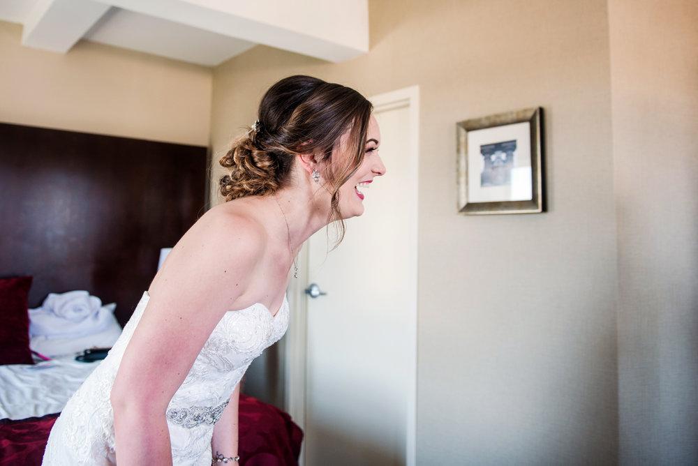 JILLSTUDIO_SKY_ArmorySyracuse_Wedding_Rochester_NY_Photographer_DSC_2162.jpg