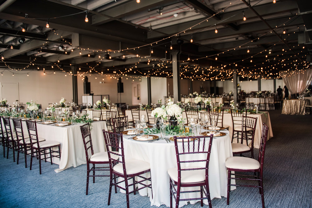 JILLSTUDIO_SKY_ArmorySyracuse_Wedding_Rochester_NY_Photographer_DSC_2547.jpg