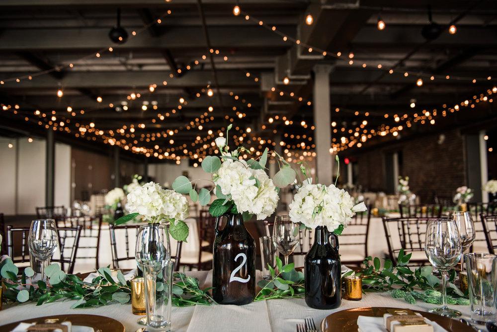JILLSTUDIO_SKY_ArmorySyracuse_Wedding_Rochester_NY_Photographer_DSC_2552.jpg