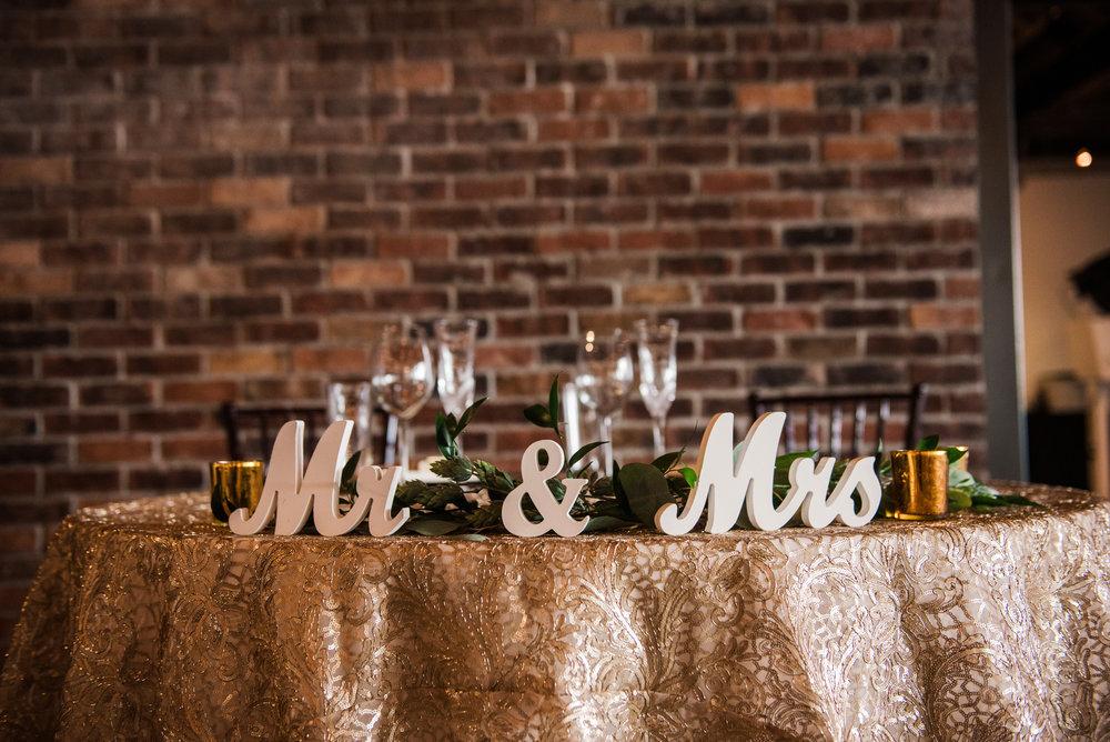 JILLSTUDIO_SKY_ArmorySyracuse_Wedding_Rochester_NY_Photographer_DSC_2554.jpg