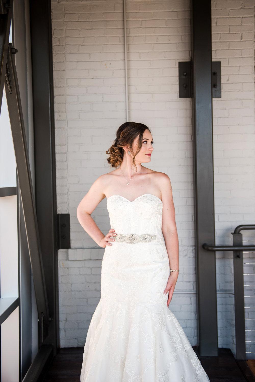 JILLSTUDIO_SKY_ArmorySyracuse_Wedding_Rochester_NY_Photographer_DSC_2590.jpg