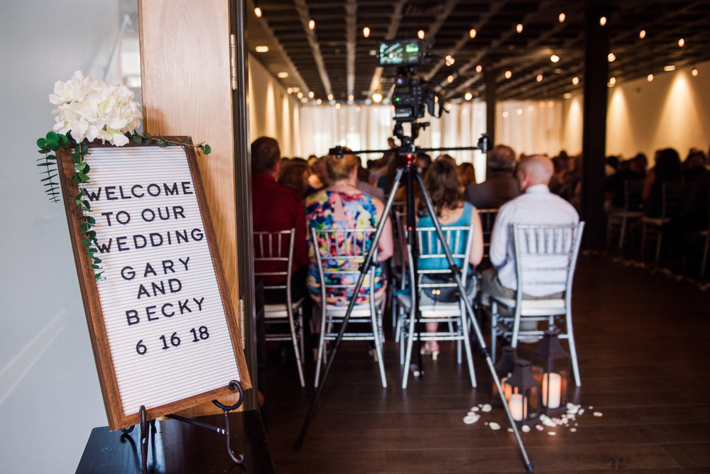 JILLSTUDIO_SKY_ArmorySyracuse_Wedding_Rochester_NY_Photographer_DSC_2618.jpg