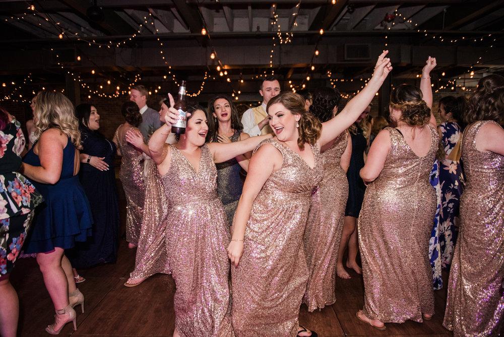 JILLSTUDIO_SKY_ArmorySyracuse_Wedding_Rochester_NY_Photographer_DSC_3148.jpg