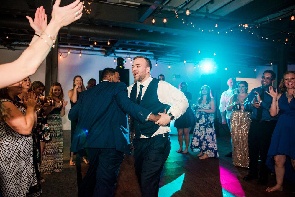 JILLSTUDIO_SKY_ArmorySyracuse_Wedding_Rochester_NY_Photographer_DSC_3170.jpg