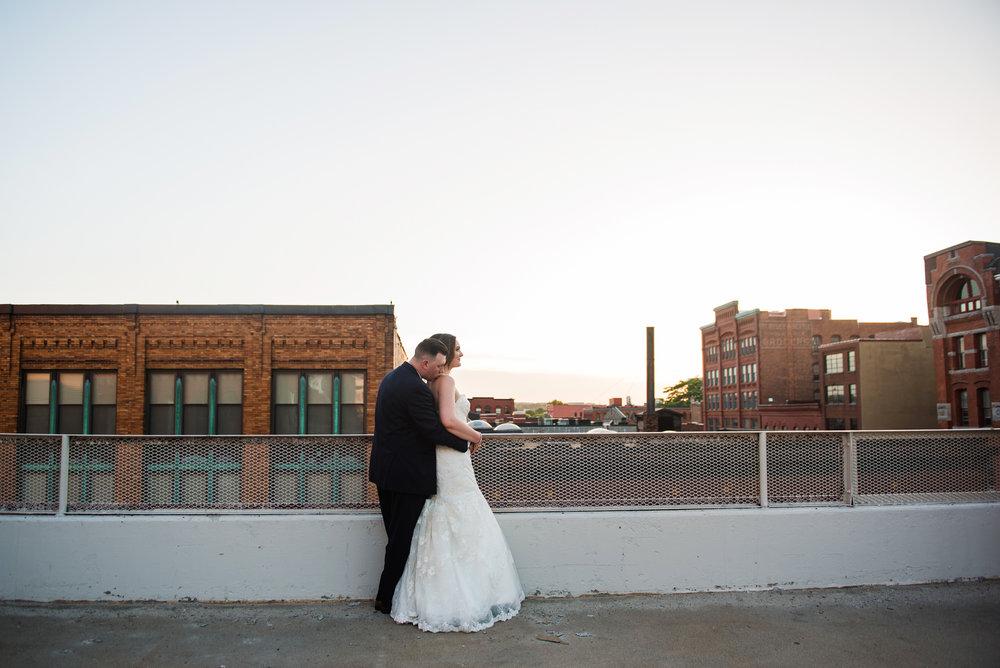 JILLSTUDIO_SKY_ArmorySyracuse_Wedding_Rochester_NY_Photographer_DSC_3197.jpg