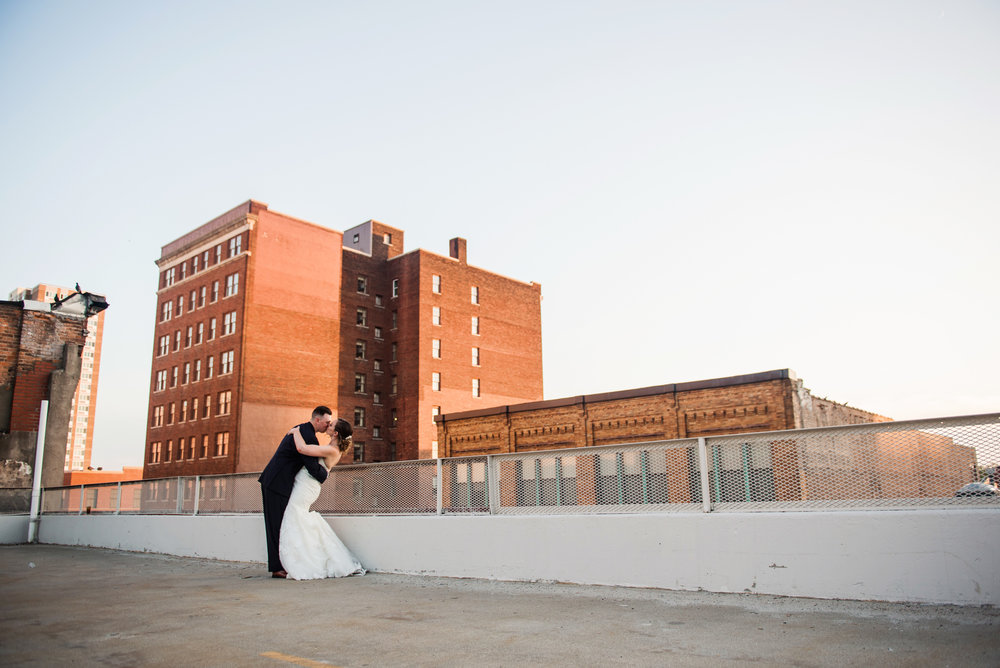 JILLSTUDIO_SKY_ArmorySyracuse_Wedding_Rochester_NY_Photographer_DSC_3213.jpg