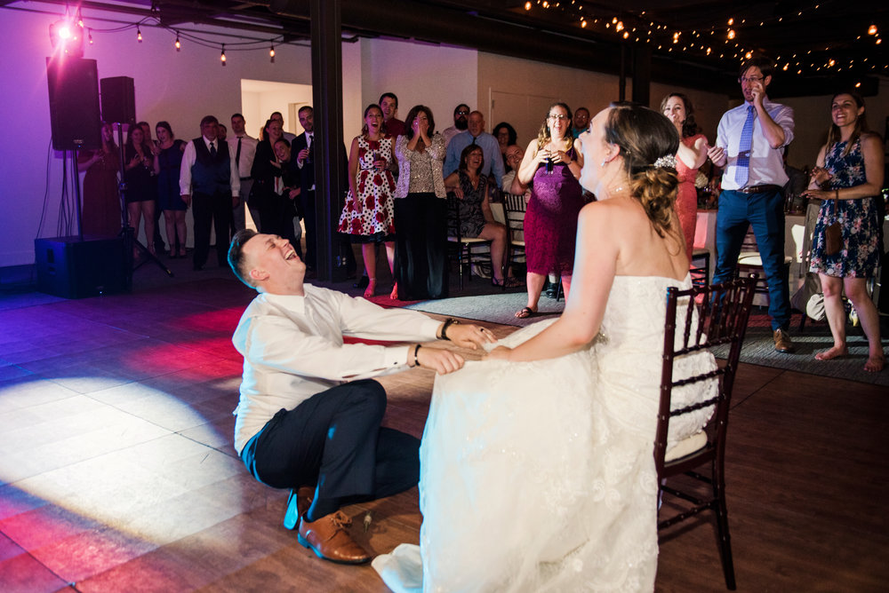 JILLSTUDIO_SKY_ArmorySyracuse_Wedding_Rochester_NY_Photographer_DSC_3384.jpg