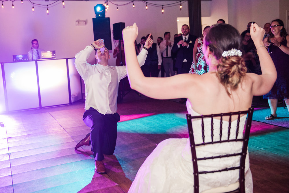 JILLSTUDIO_SKY_ArmorySyracuse_Wedding_Rochester_NY_Photographer_DSC_3389.jpg
