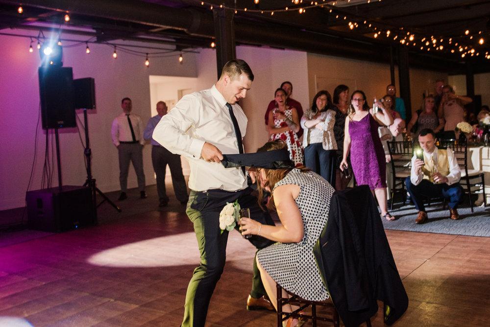 JILLSTUDIO_SKY_ArmorySyracuse_Wedding_Rochester_NY_Photographer_DSC_3411.jpg