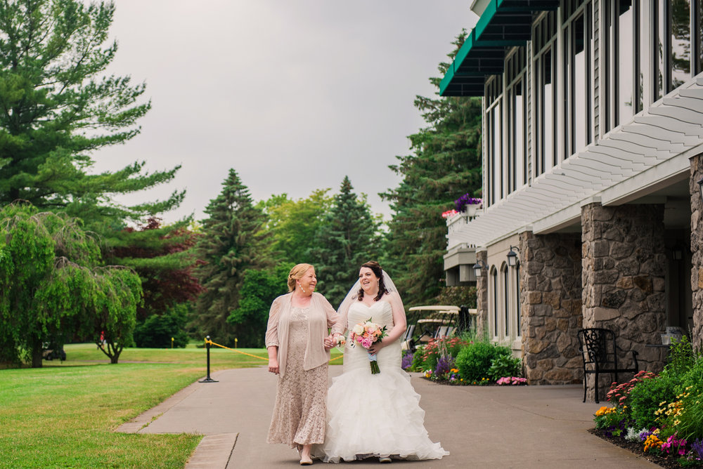JILLSTUDIO_Shadow_Lake_Rochester_Wedding_Rochester_NY_Photographer_DSC_4164.jpg