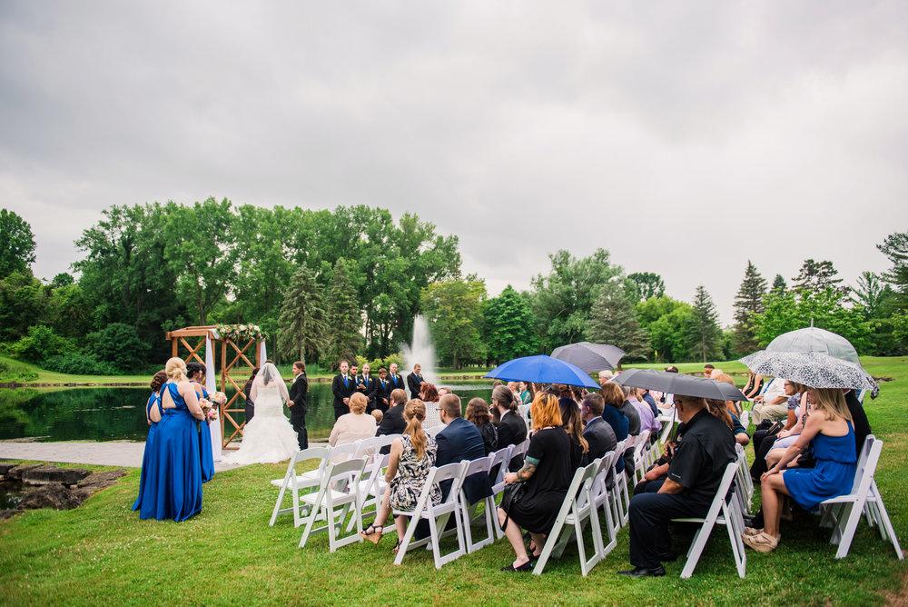 JILLSTUDIO_Shadow_Lake_Rochester_Wedding_Rochester_NY_Photographer_DSC_4184.jpg