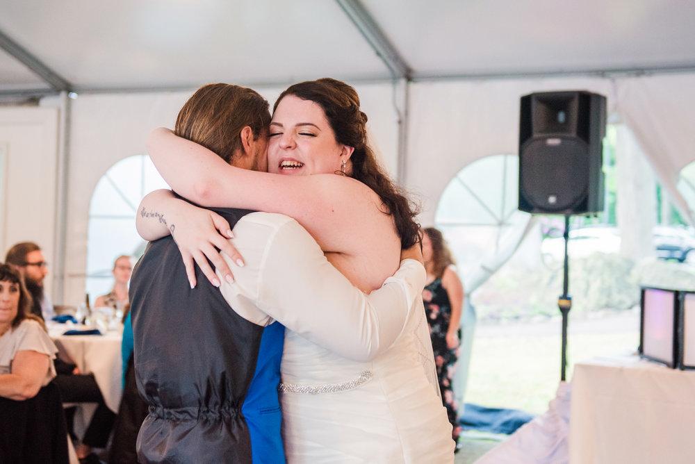 JILLSTUDIO_Shadow_Lake_Rochester_Wedding_Rochester_NY_Photographer_DSC_4498.jpg