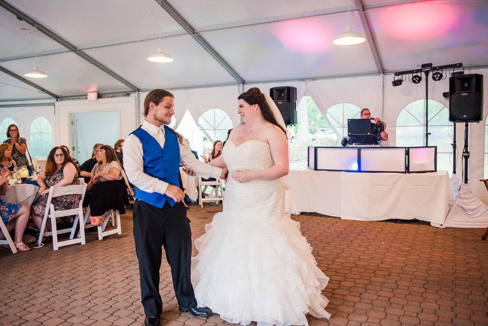 JILLSTUDIO_Shadow_Lake_Rochester_Wedding_Rochester_NY_Photographer_DSC_4500.jpg