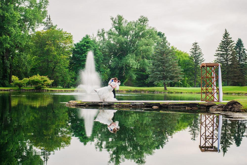 JILLSTUDIO_Shadow_Lake_Rochester_Wedding_Rochester_NY_Photographer_DSC_4544.jpg