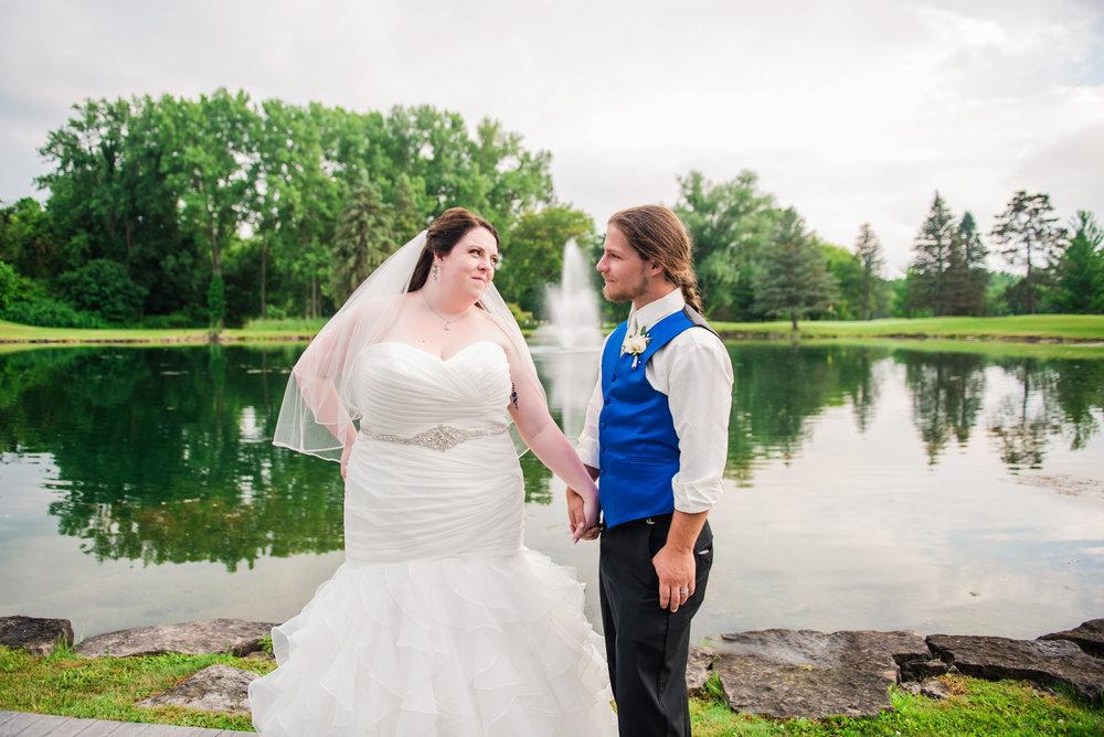 JILLSTUDIO_Shadow_Lake_Rochester_Wedding_Rochester_NY_Photographer_DSC_4552.jpg