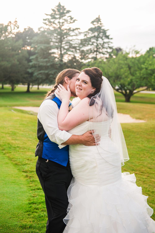 JILLSTUDIO_Shadow_Lake_Rochester_Wedding_Rochester_NY_Photographer_DSC_4583.jpg