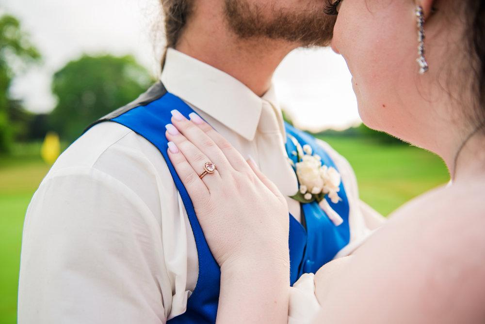JILLSTUDIO_Shadow_Lake_Rochester_Wedding_Rochester_NY_Photographer_DSC_4595.jpg