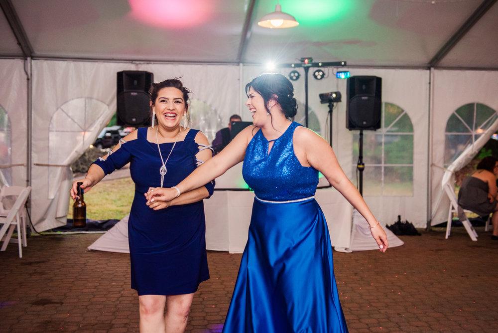JILLSTUDIO_Shadow_Lake_Rochester_Wedding_Rochester_NY_Photographer_DSC_4655.jpg