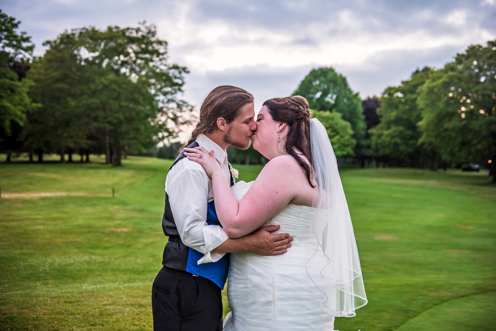 JILLSTUDIO_Shadow_Lake_Rochester_Wedding_Rochester_NY_Photographer_DSC_4668.jpg