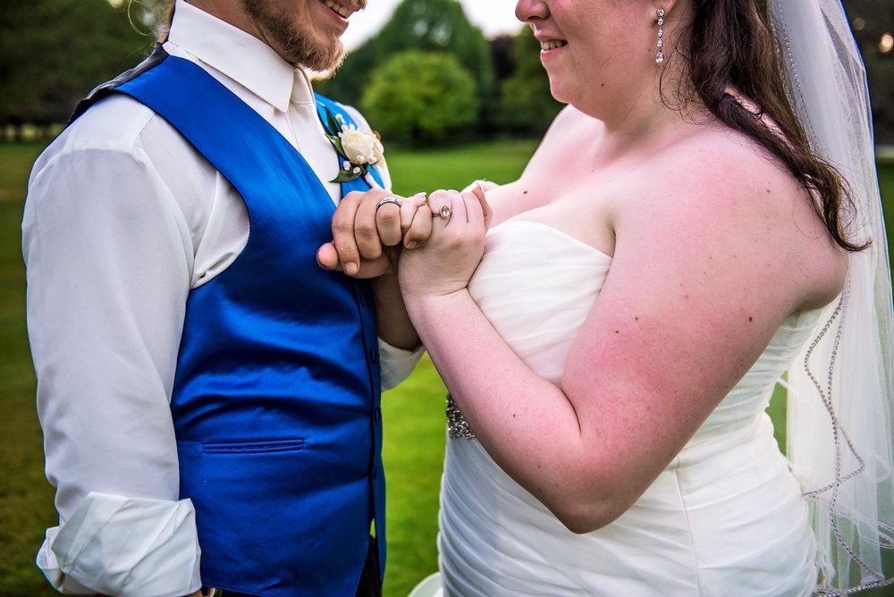 JILLSTUDIO_Shadow_Lake_Rochester_Wedding_Rochester_NY_Photographer_DSC_4671.jpg