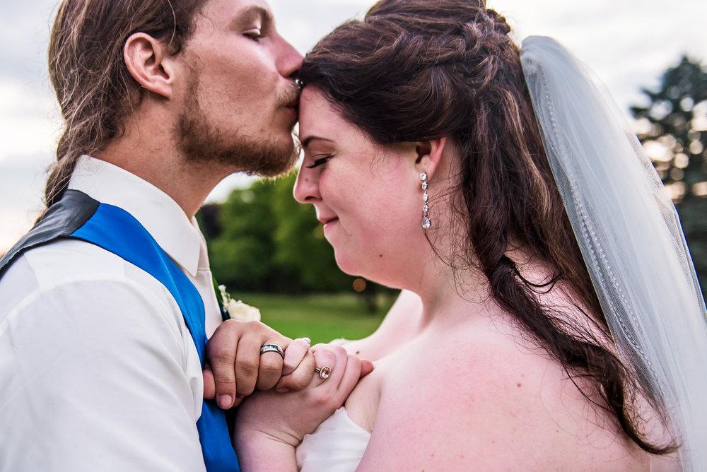 JILLSTUDIO_Shadow_Lake_Rochester_Wedding_Rochester_NY_Photographer_DSC_4674.jpg