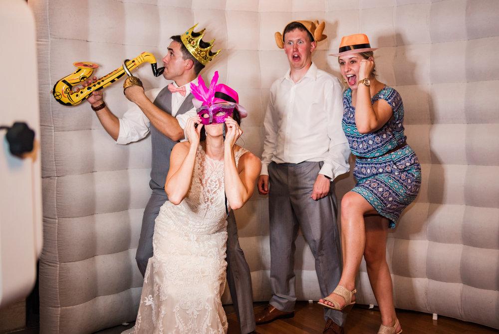 JILLSTUDIO_Colgate_Rochester_Crozer_Divinity_School_Rochester_Wedding_Rochester_NY_Photographer_DSC_5724.jpg