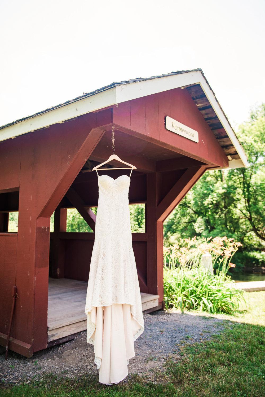 JILLSTUDIO_Toganenwood_Estate_Rochester_Wedding_Rochester_NY_Photographer_DSC_5796.jpg