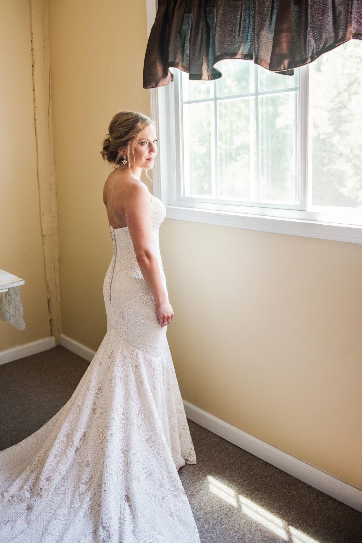 JILLSTUDIO_Toganenwood_Estate_Rochester_Wedding_Rochester_NY_Photographer_DSC_5811.jpg