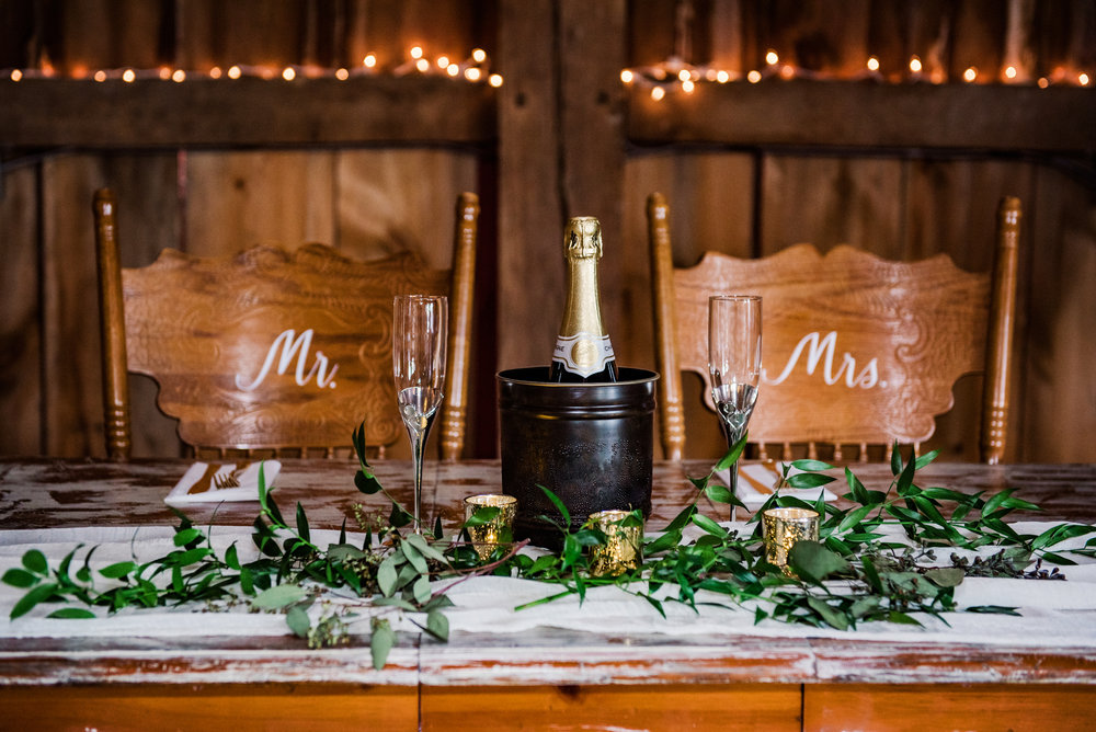 JILLSTUDIO_Toganenwood_Estate_Rochester_Wedding_Rochester_NY_Photographer_DSC_6043.jpg