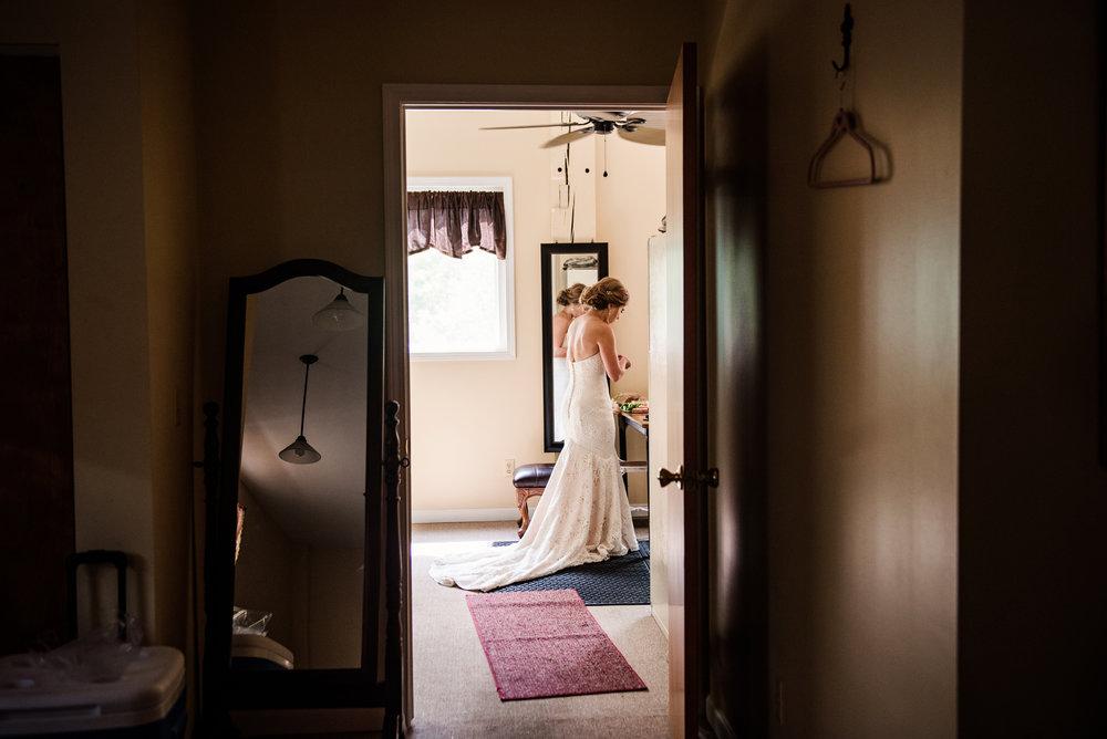JILLSTUDIO_Toganenwood_Estate_Rochester_Wedding_Rochester_NY_Photographer_DSC_6067.jpg