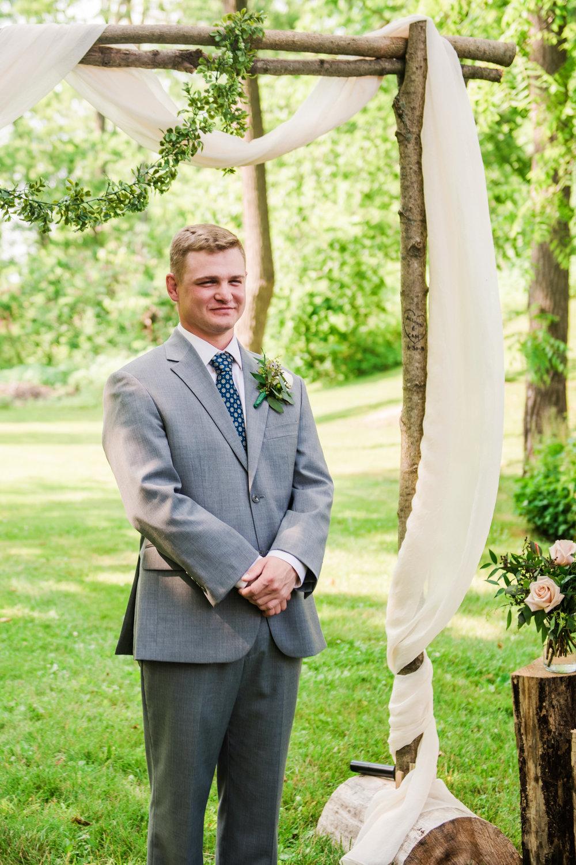 JILLSTUDIO_Toganenwood_Estate_Rochester_Wedding_Rochester_NY_Photographer_DSC_6159.jpg