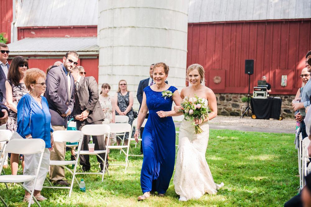 JILLSTUDIO_Toganenwood_Estate_Rochester_Wedding_Rochester_NY_Photographer_DSC_6161.jpg