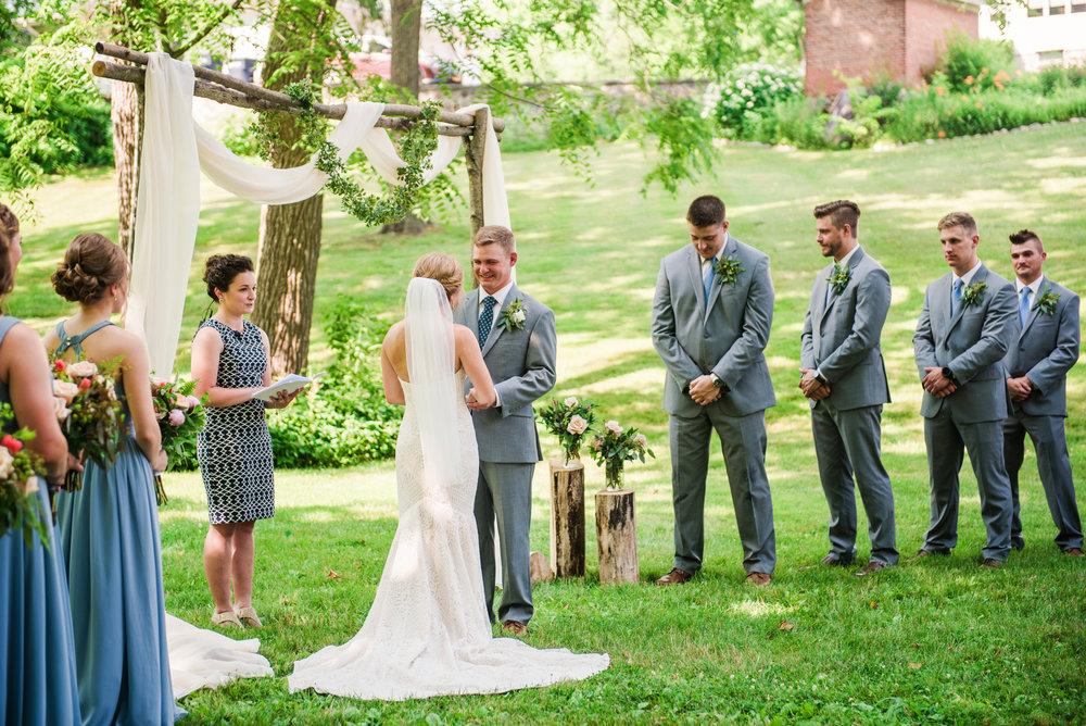 JILLSTUDIO_Toganenwood_Estate_Rochester_Wedding_Rochester_NY_Photographer_DSC_6180.jpg