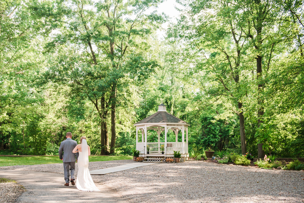 JILLSTUDIO_Toganenwood_Estate_Rochester_Wedding_Rochester_NY_Photographer_DSC_6253.jpg