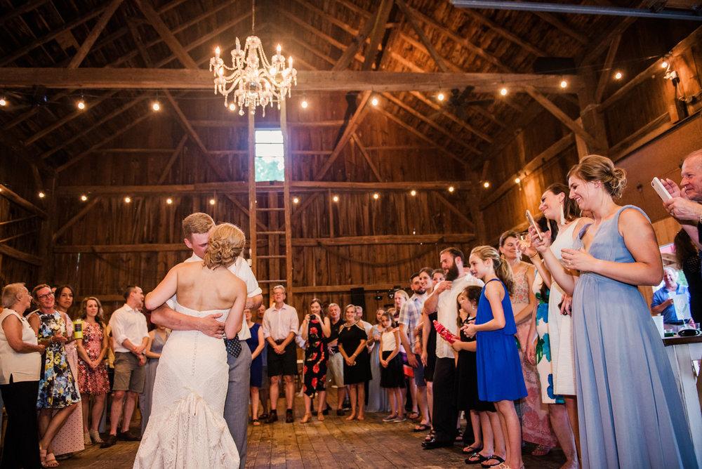 JILLSTUDIO_Toganenwood_Estate_Rochester_Wedding_Rochester_NY_Photographer_DSC_6617.jpg