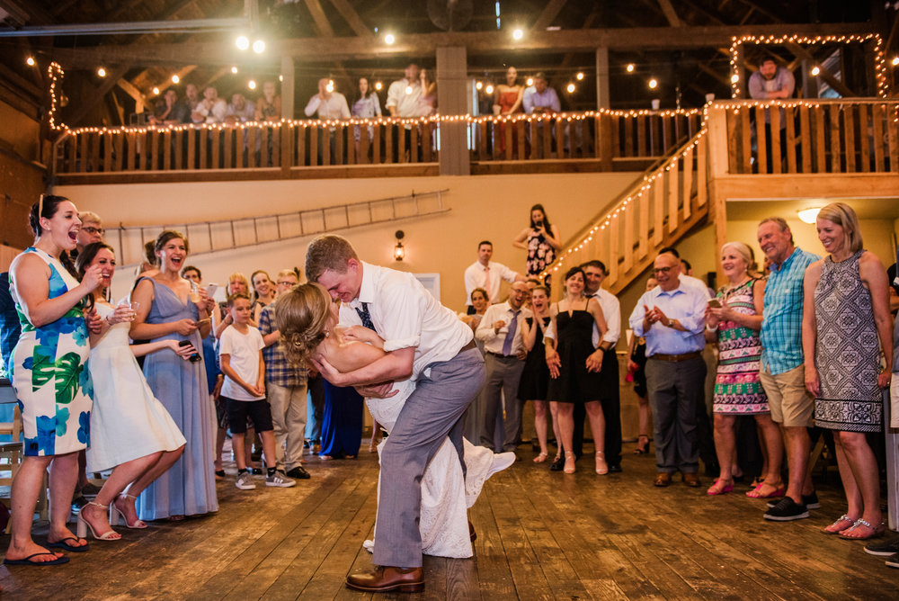 JILLSTUDIO_Toganenwood_Estate_Rochester_Wedding_Rochester_NY_Photographer_DSC_6634.jpg