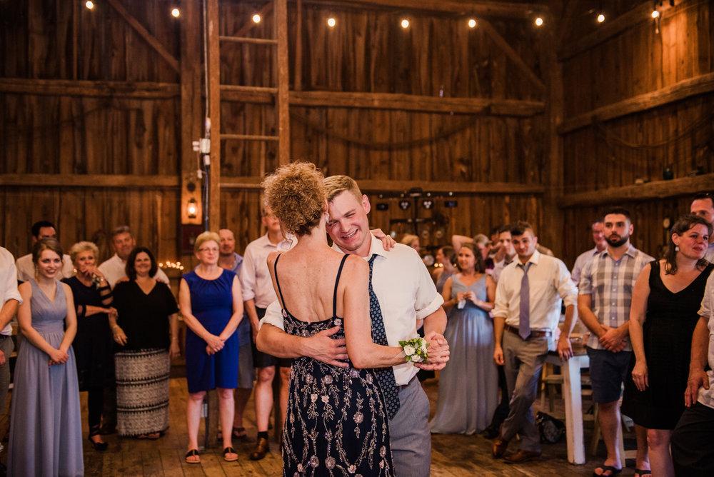 JILLSTUDIO_Toganenwood_Estate_Rochester_Wedding_Rochester_NY_Photographer_DSC_6659.jpg