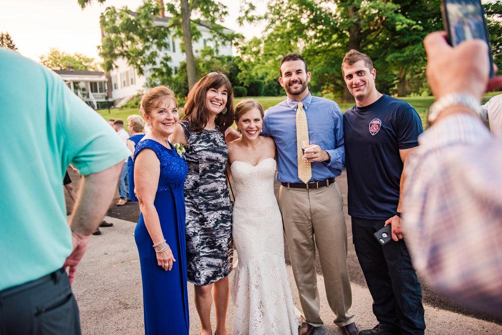JILLSTUDIO_Toganenwood_Estate_Rochester_Wedding_Rochester_NY_Photographer_DSC_6773.jpg