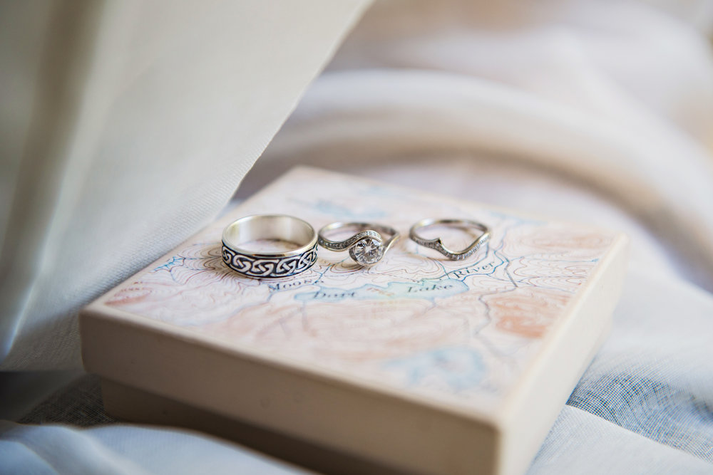 JILLSTUDIO_Club_86_Finger_Lakes_Wedding_Rochester_NY_Photographer_DSC_6797.jpg